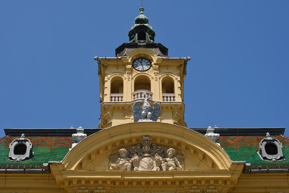 aq_block_1-Városháza